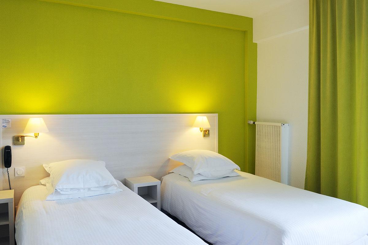Hotel beau rivage royan h tel royan h tels royan for Chambres hote royan