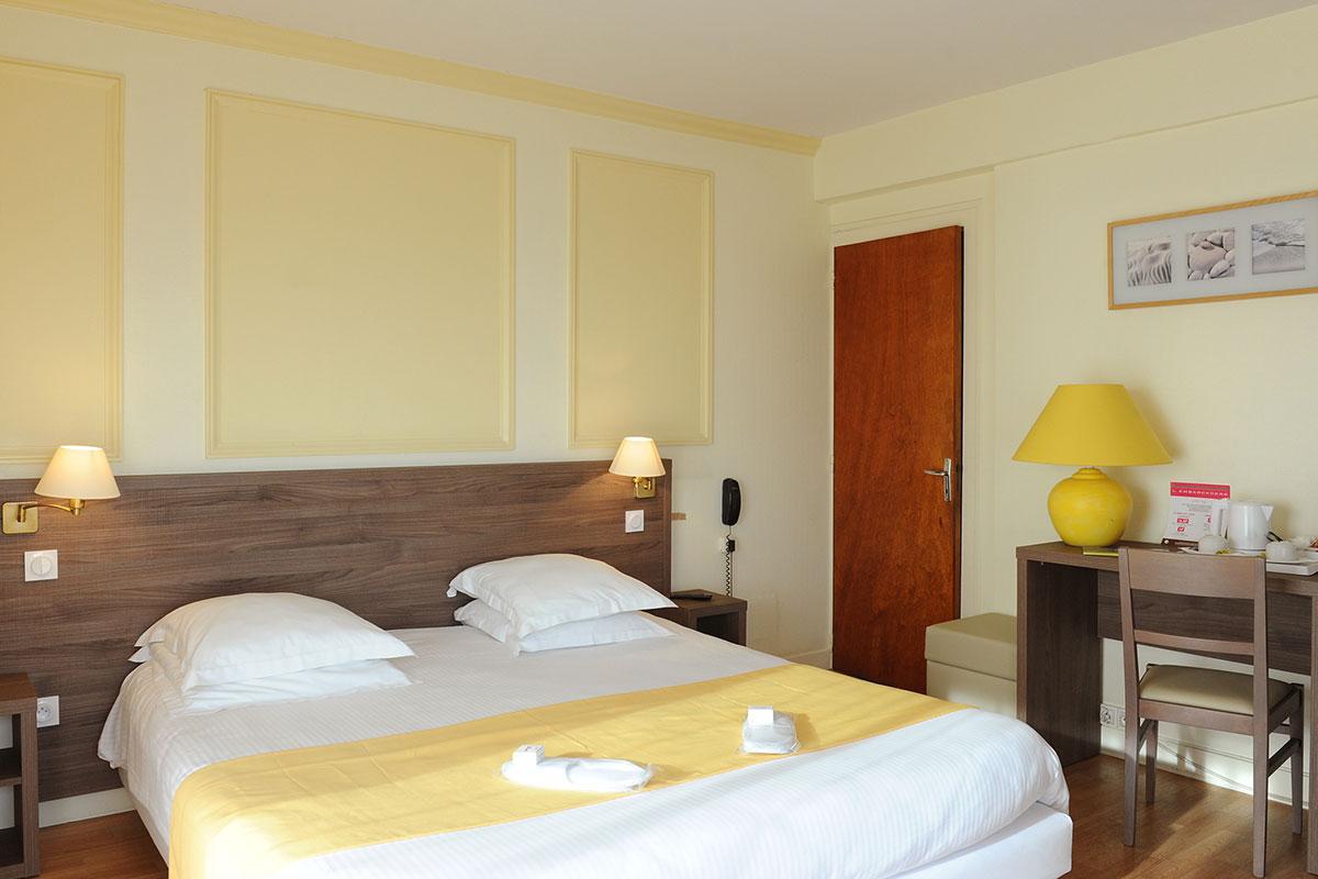 hotel beau rivage royan h tel royan h tels royan. Black Bedroom Furniture Sets. Home Design Ideas